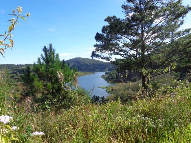 Vue du lac Tuyèn Lâm, aux alentours de Dalat