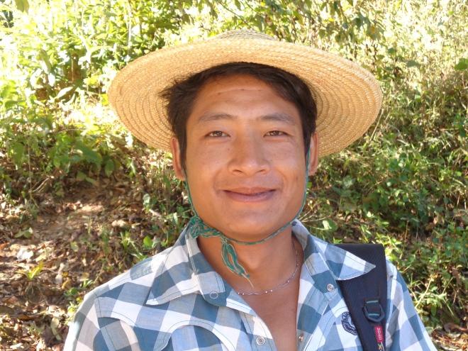 Maung Lan, 30 ans, membre de la tribu Taungyo.