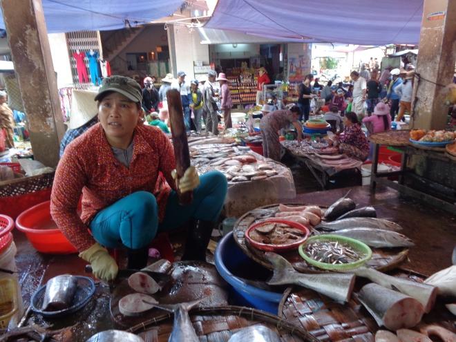 Marché de Ninh Hoa, au nord de Nha Trang, le 1er décembre