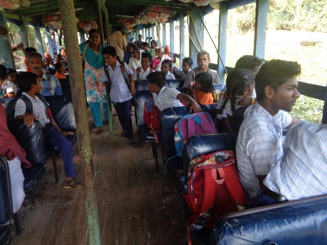 Ci-dessous, entre Alleppey et Kottayam...