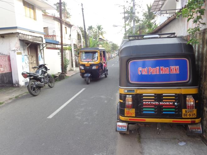 Dans les rues de Fort Cochin... Un écho de Pondichéry?
