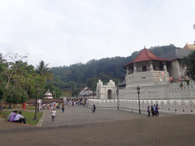 Le temple de la Dent du Bouddha,